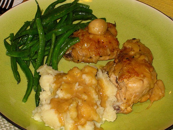 Steamed Green Beans - Chicken with Forty cloves of Garlic - Mashed Potatoes
